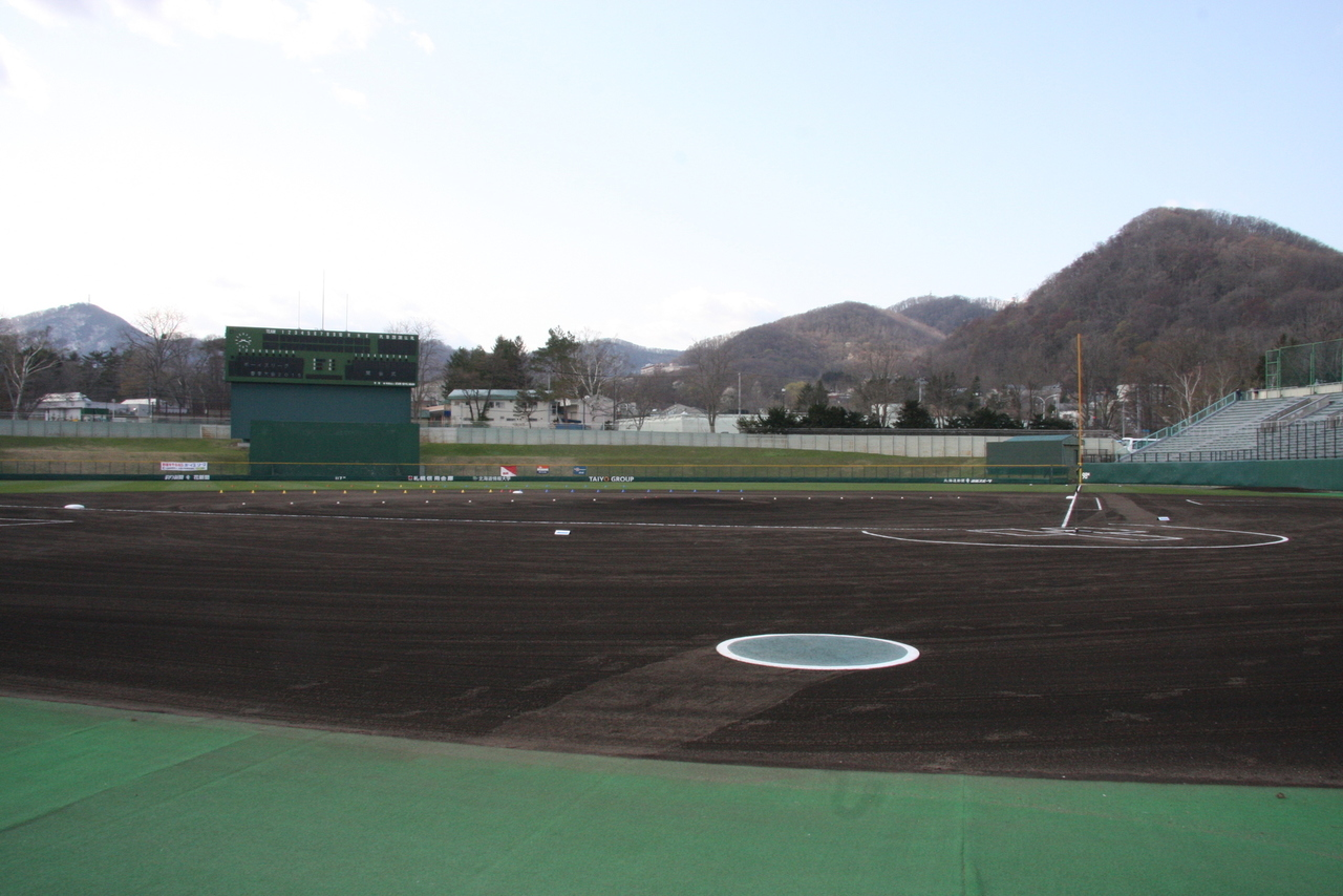 円山球場.jpg